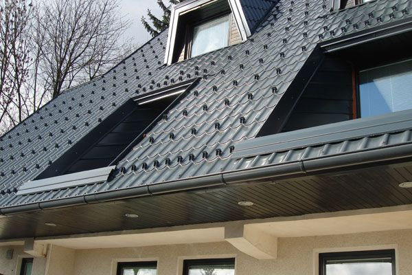 Dachbedeckung aus Blech