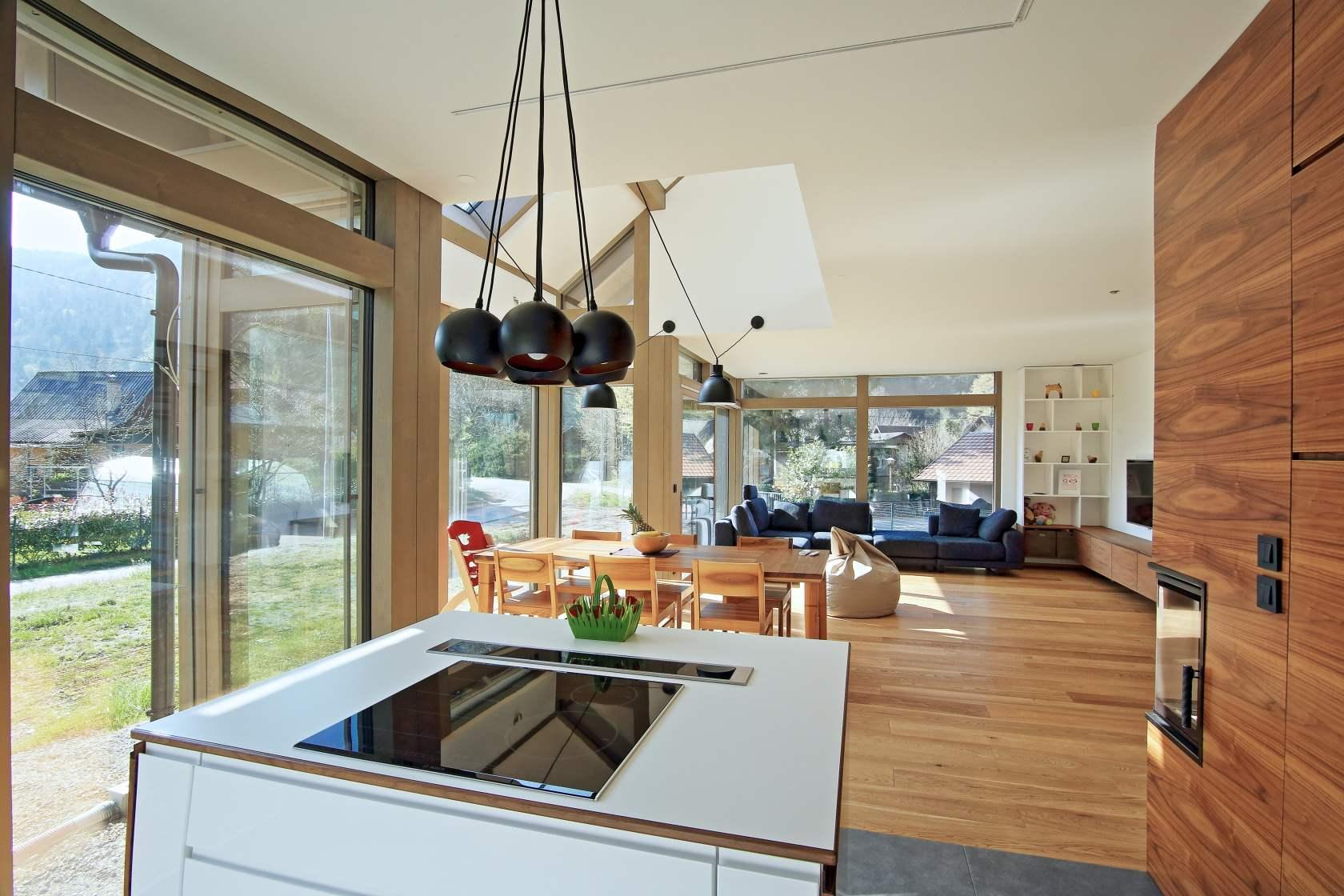 Moderne häuser mit viel glas  Modernes Fachwerkhaus kaufen – modernes Haus mit viel Glas zu ...