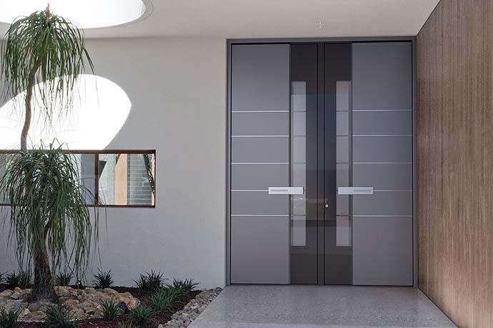 Haustür hellgrau Aluminium