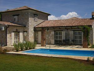 ferienh user mit pool in istrien kroatien. Black Bedroom Furniture Sets. Home Design Ideas
