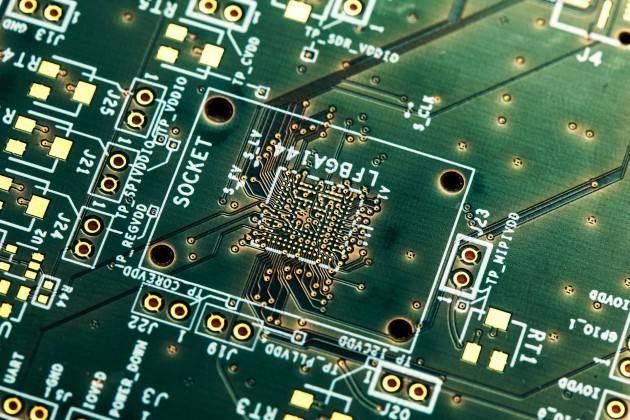 8 lagen PCB