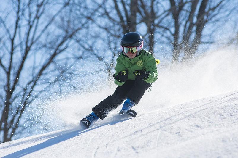 Wintersportaktivitäten in der Näche von Camp