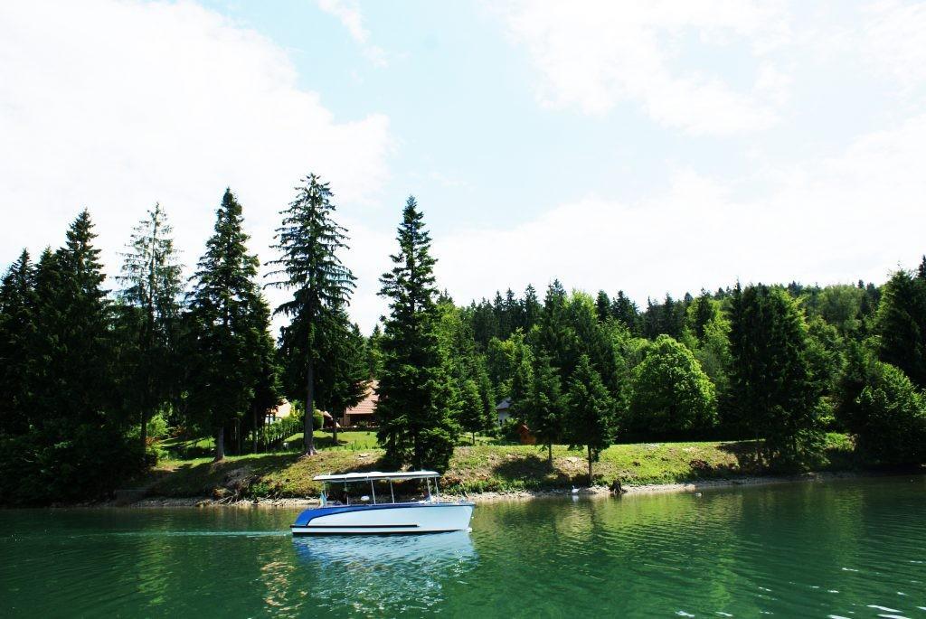 Elektroboot mit kabine Hersteller