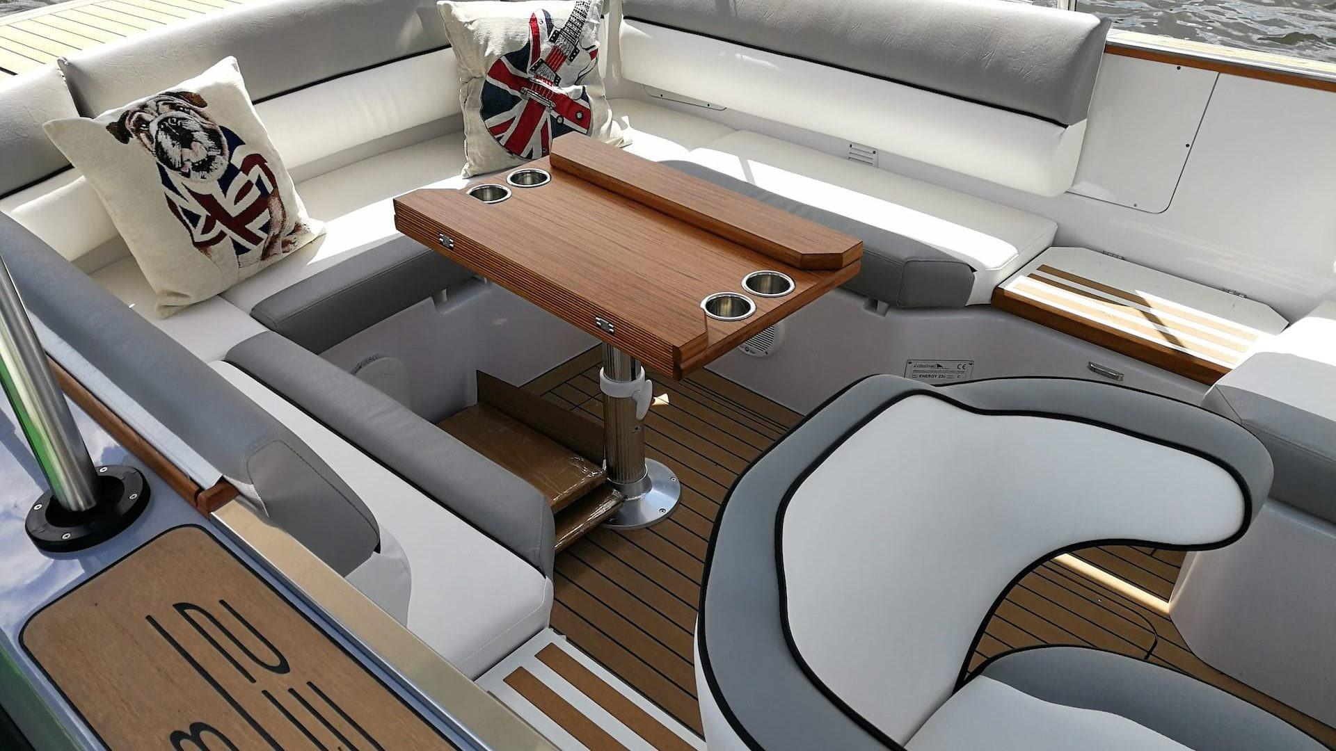 Luxus Boot Hersteller