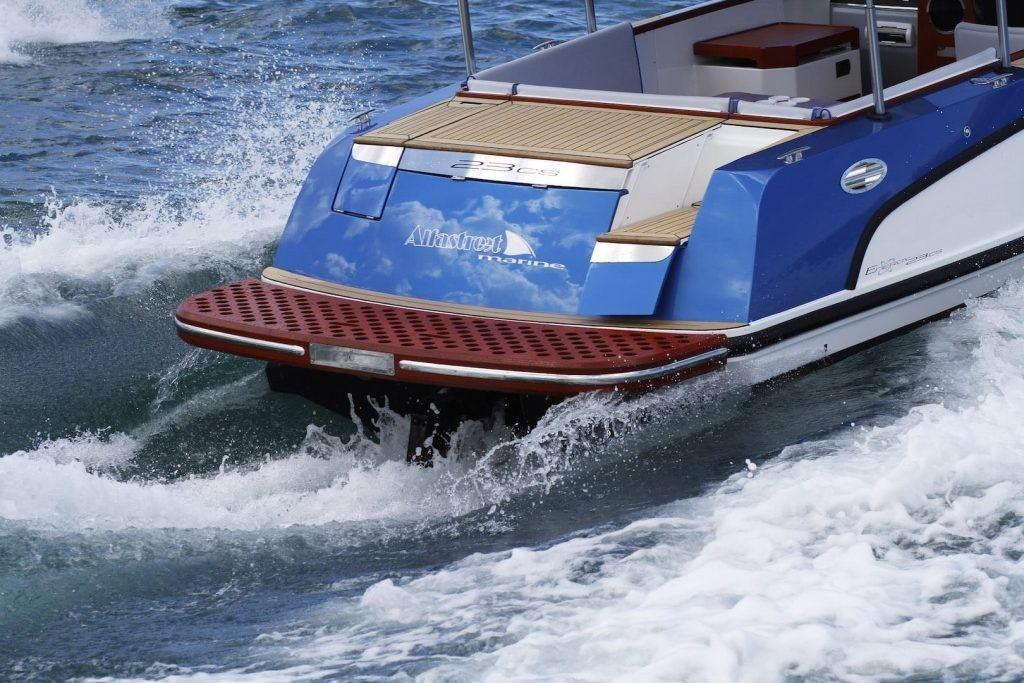 Motorboot sitze design
