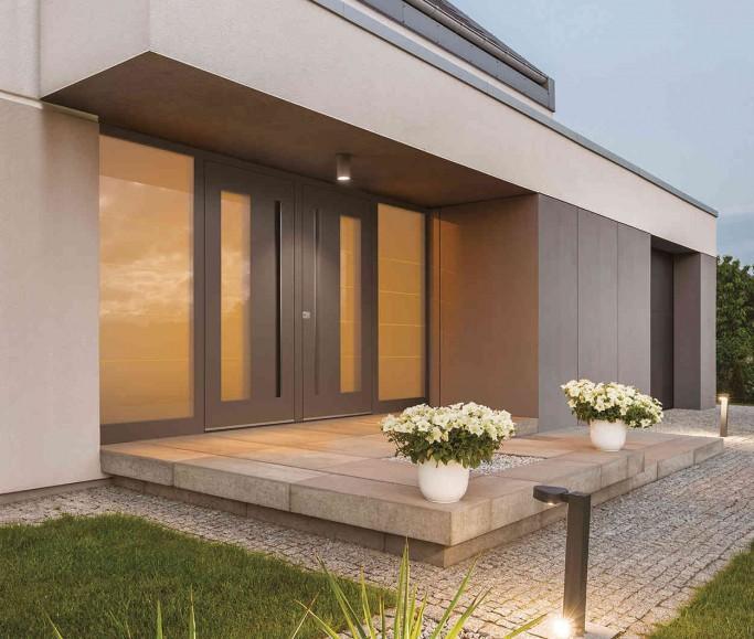 Alu Haustüren mit Seitenteil und Glas